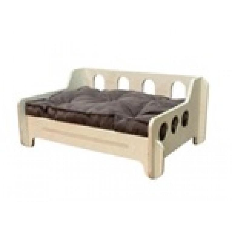 Лежанка - кроватка деревянная с матрасом FK002